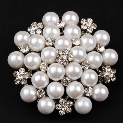 Mother's Day Pearl Brooch