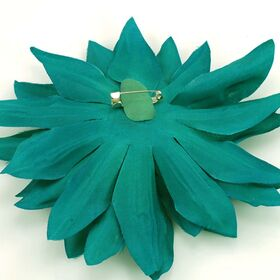 Flower pin for women
